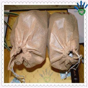 Shoes with PP Nonwoven Material Packing pictures & photos