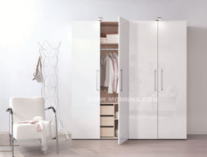 Wooden Lacquer Wardrobe with ISO and E1 Standard