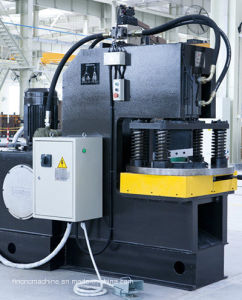 Hydraulic Notching Machine for Angles pictures & photos
