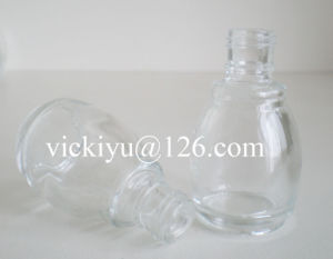 15ml Small Glass Bottles for Nail Oil pictures & photos