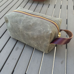 Waxed Canvas Dopp Kit with Leather Handle pictures & photos