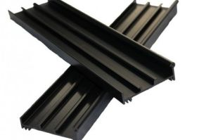 Durable PVDF Coating Aluminium Profiles