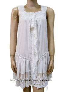 Women′s Woven Sleeveless Blouse (RTB14073) pictures & photos