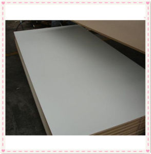 Hot Sell China Factory Melamine MDF/UV MDF /Raw MDF Board pictures & photos