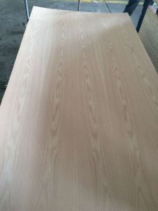 Natural Red Oak Fancy Plywood Sales in 12mm 2.7mm Size 3′x7′ pictures & photos