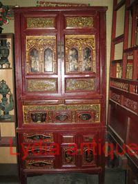 Antique Cabinet (M(44))