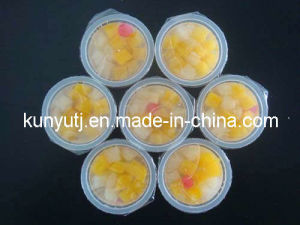 Fruit Cocktail in Plastic Cup pictures & photos