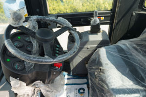 Zl16f Wheel Loader with Quick Hitch pictures & photos