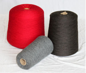 36s/2- Yak Wool Yarn /85%Yak & 15%Wool/Cashmere Wool Yarn/Fabric/Textile/Knitting Yarn pictures & photos