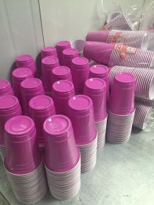 Disposable Cold Drinking Cup/ 2 Color PS Cup pictures & photos