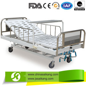 Multi Functional Manual Bed (CE/FDA) pictures & photos