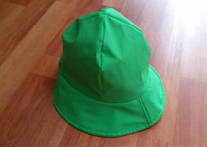 Green PU Raincoat for Child pictures & photos