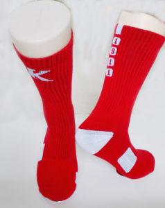 Custom Men Breathable Dri-Fit Crew Socks Cushion Sport Socks pictures & photos