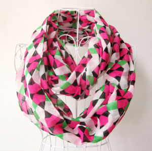 Woman Fashion Checked Printed Polyester Chiffon Infinity Scarf (YKY1101) pictures & photos