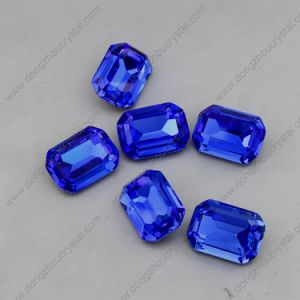 Wholesale Factory Price Sapphier Color Loose Crystal Stone pictures & photos