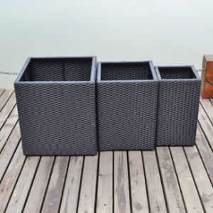 Outdoor Classic Fashion Rattan Square Garden Flower Pot with Inner Steel