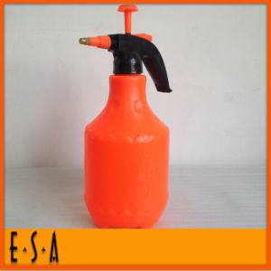 2015 Lowest Price Hand Pressure Watering Can, Best Garden Plastic Watering Cans, Cheap Plastic 3L Watering Cans in Bulk T34A006 pictures & photos