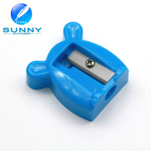 High Quality Animal Shaped Plastic Pencil Sharpener for Promotion Gift pictures & photos