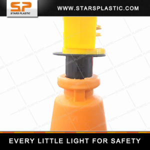 Rechargeable Solar LED Traffic Warning Barricade Light for Traffic Cone pictures & photos