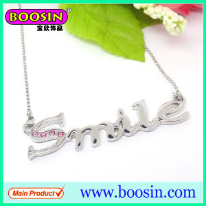 Wholesale Custom Crystal Personalized Letter Pendant Necklace pictures & photos