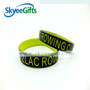 Design Various Spay Both Sides Silicone Wristband pictures & photos