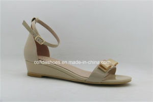 New Fashion Flat Leather Women Shoes pictures & photos