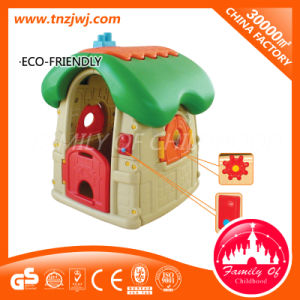 Ce Certificated Preschool Plastic Doll House Mini Playground Toy pictures & photos