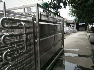 Fully Automatic Tube Type 3000L/H Tomato Juice Uht Sterilizing Machine pictures & photos