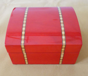 Unique Glossy Gift Box pictures & photos