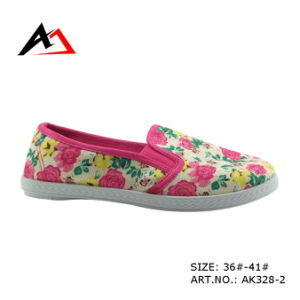 Injection Canvas Casual Boots Flower Pattern Shoes for Women (AK328) pictures & photos
