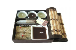 Scented Soy Candle Tin Set in High End Cardboard Box Packaging pictures & photos