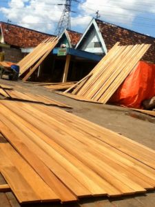 Anti-Corrosion Outdoor Boat Wooden Deckings pictures & photos