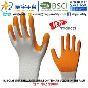 13G Polyester Shell Foam Nitrile Palm Coated Gloves (N1000) Criss-Cross on The Palm with CE, En388, En420, Work Gloves pictures & photos