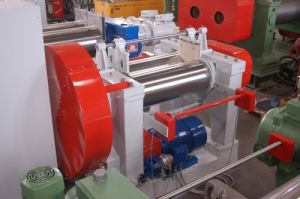 Two Roll Mixing Mill /Rubber Mill/ Open Mixing Mill Xk-560 (H type) pictures & photos