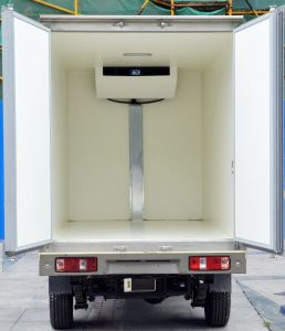 Box Type Electric Refrigerator Truck for Meat Fish Delivery pictures & photos