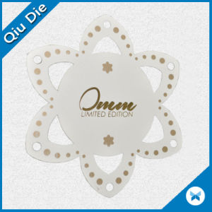 Die Cut Leaf-Shaped Cardboard Clothes Labels for Apparel Accessory pictures & photos