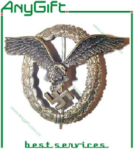 Metal Pin Badge with Customized Logo and Color 32 pictures & photos