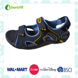 TPR Sole, PU and Nubuck Upper, Men′s Sporty Sandals pictures & photos
