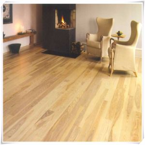European Oak Engineered Wood Flooring pictures & photos