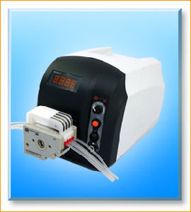 Bt101s Variable Speed Peristaltic Dosing Pump for Food 0.006-575ml/Min pictures & photos
