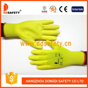 Ddsafety 2017 Yellow PU Coated Nylong Work Glove pictures & photos