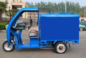 Tricycle with Closed Body of 800W Three Wheel Electro Tricycle pictures & photos