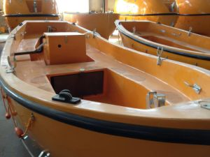 7.5m GRP Open Type Lifeboat with Davit pictures & photos