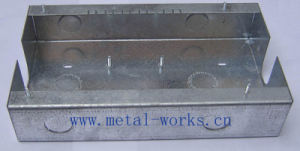 Sheet Metal Fabrication with Self Clinching Nut (ST065155) pictures & photos