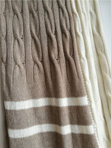100% Cashmere Chunky Cable Stripes Knit Shawl pictures & photos