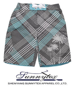 Wholesale High Quality Beach Shorts for Men pictures & photos