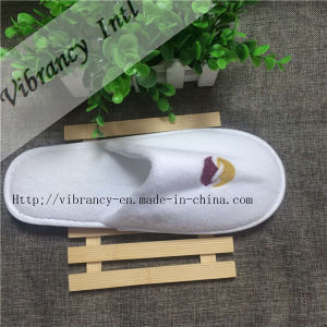 Disposable White Coral Fleece Hotel Slipper/Hotel Amenity Slipper pictures & photos