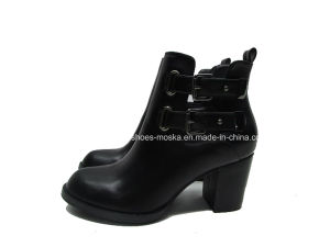 Comfortable Lady Fashion Chunky Heel Women Ankle Casual Boots pictures & photos