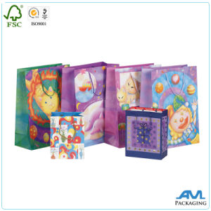 Fashionable Paper Shopping Bag for Garments pictures & photos