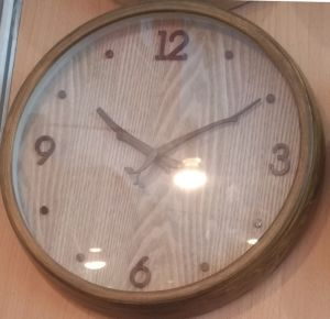 Wall Clock Y2016 New Wood Clock (KK1602) pictures & photos